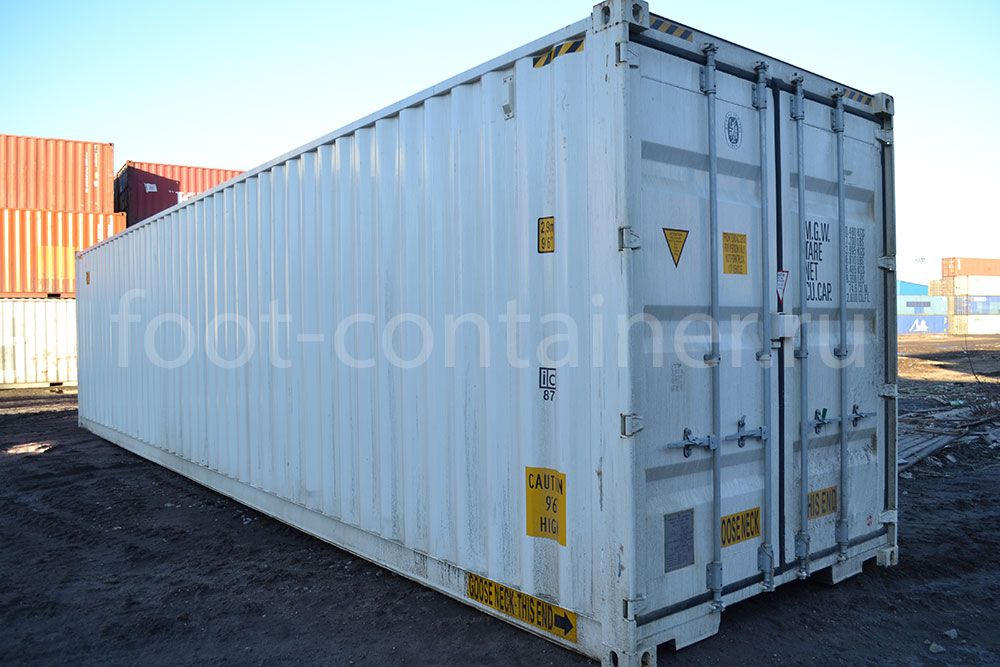 Новый контейнер 40 футов высокий с дополнительными торцевыми дверями (40′ HCDD) сбоку