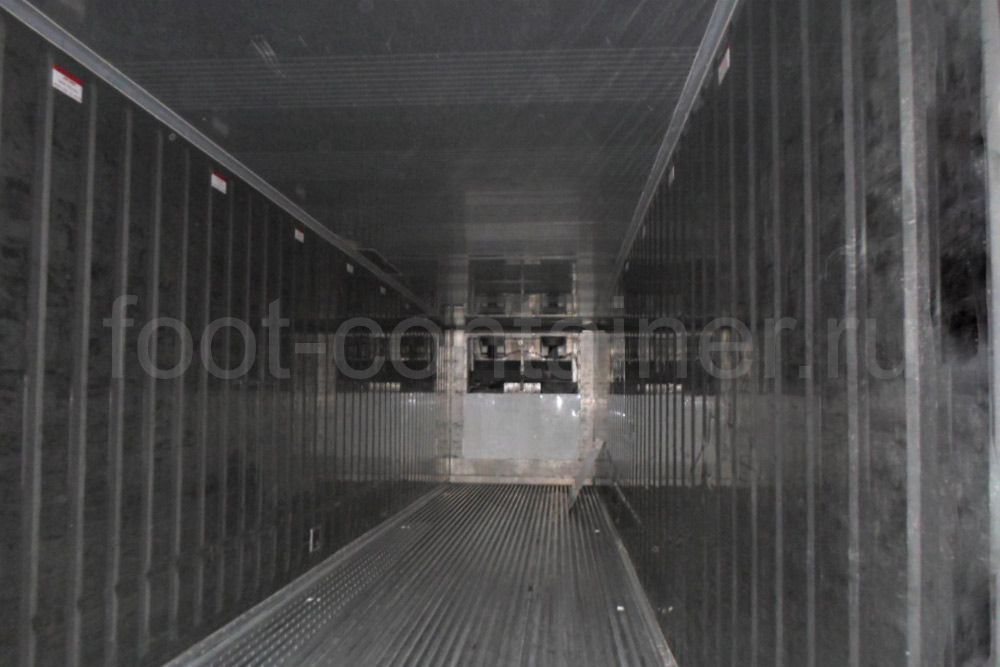 Рефконтейнер 40 футов RC high cube Carrier 1999 внутри