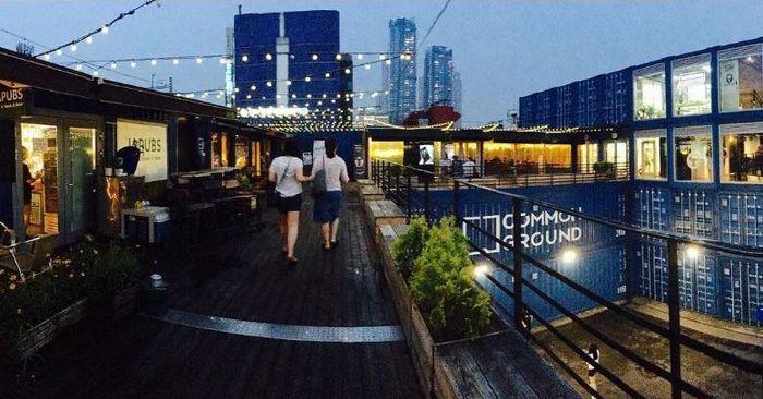 В Сеуле из морских контейнеров возвели торговый центр