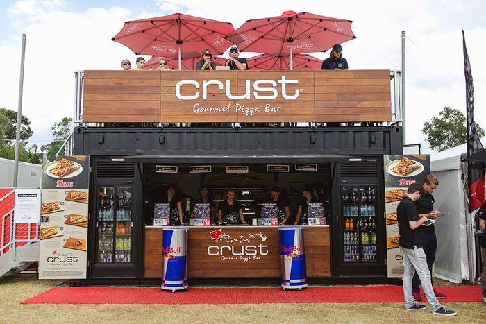 Идеи бизнеса: стилизованные бары и пункты быстрого питания в морских контейнерах