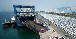 Морские перевозки автомобилей: контейнеры против системы Roll on-Roll