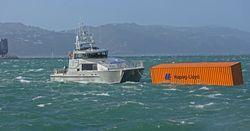 Падение контейнеров за борт — стоит ли бояться