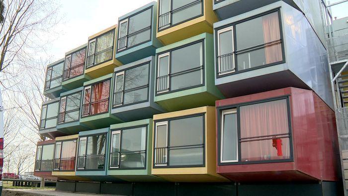 СПбГУ переселяет студентов в контейнерные общежития
