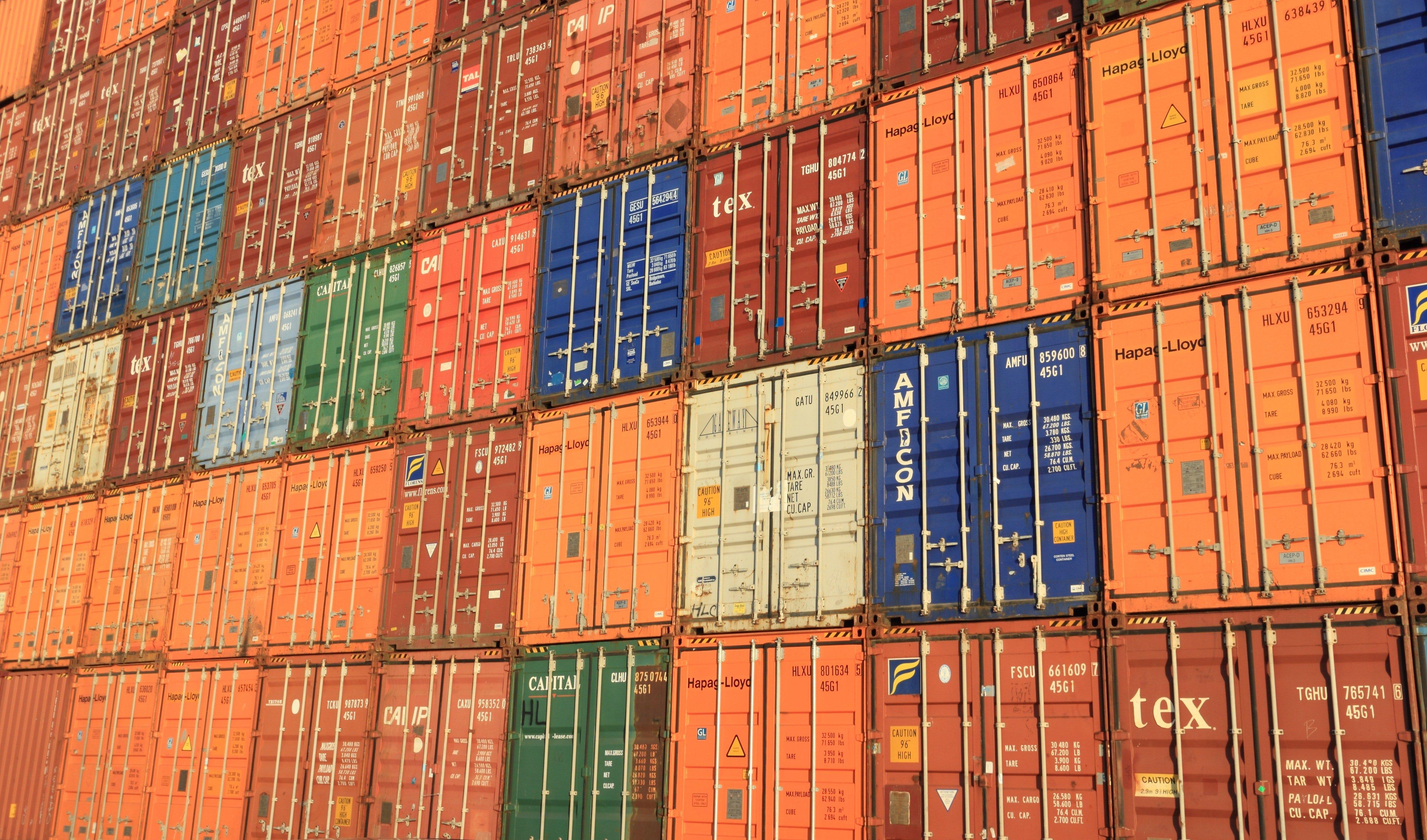 Хранение контейнеров в Спб