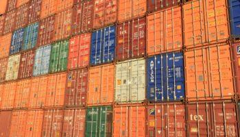 Временное и долгосрочное хранение контейнеров