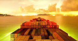 Видео: один день из работы контейнеровоза